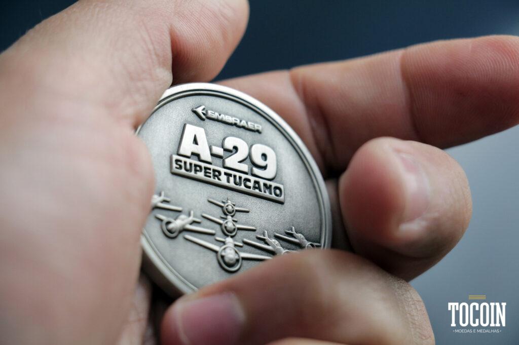 medalha-personalizada-a29-super-tucano-esquadrilha-da-fumaca-personalizada
