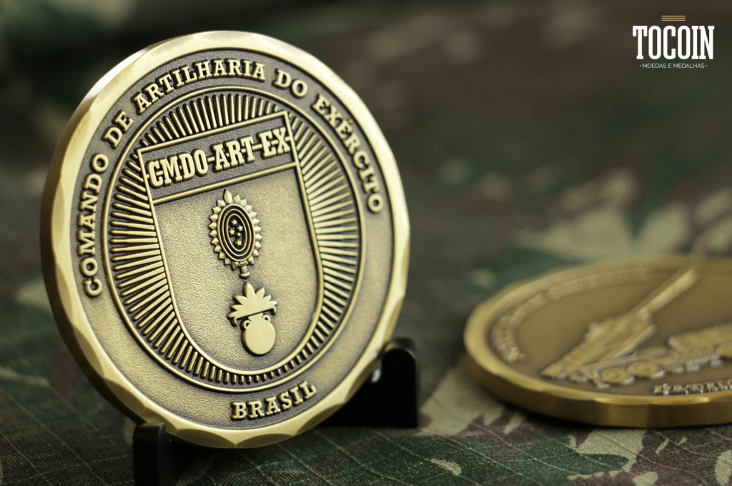 moeda do comando de artilharia do exercito brasileiro