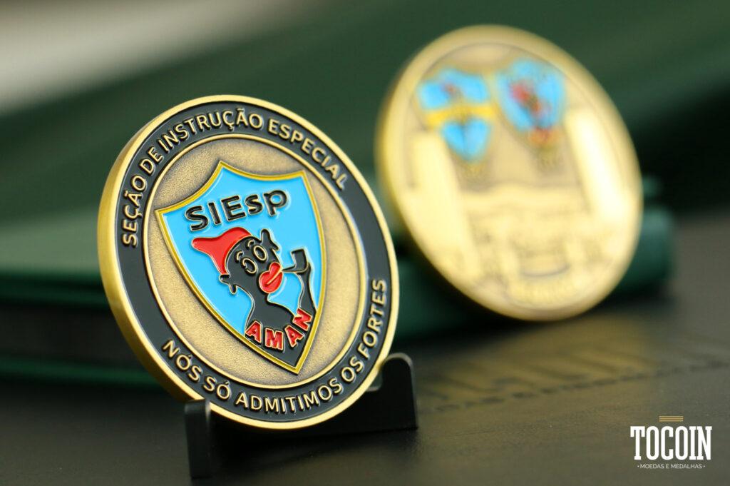 moeda comemorativa 50 anos siesp aman