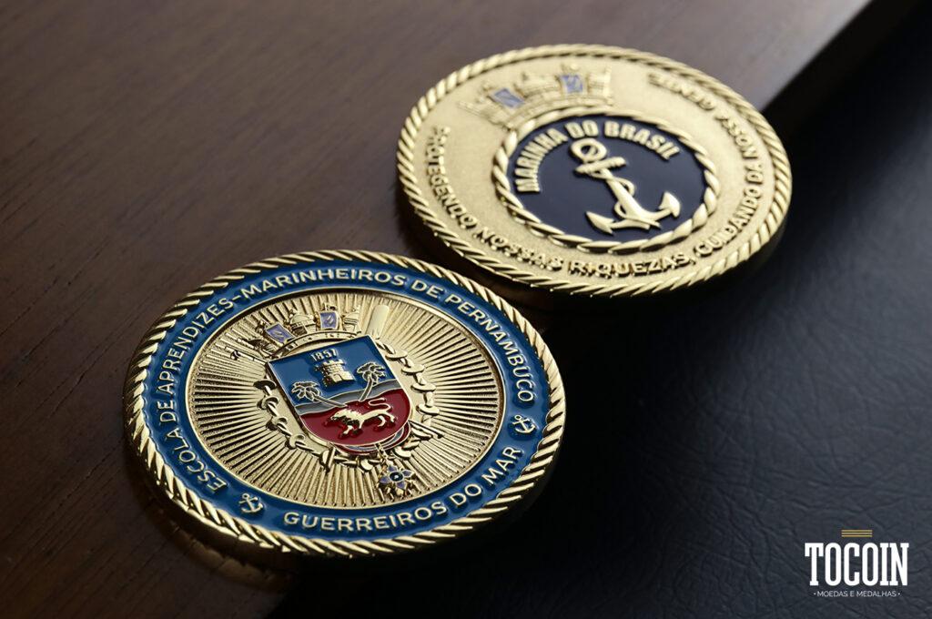 Duas moedas da Escola de Aprendizes-Marinheiros de Pernambuco