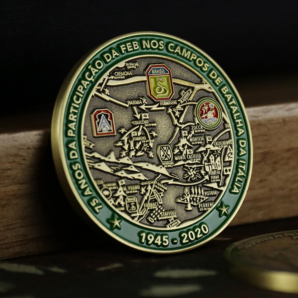 Anverso da moeda de 75 anos da FAB
