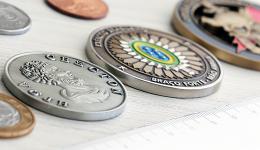 tamanho-moedas-medalhas-cunhadas